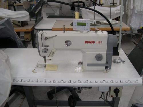 macchina da cucire PFAFF 1183